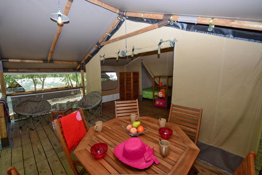 Quelle location de camping dans le Var au camping Le Parc ?